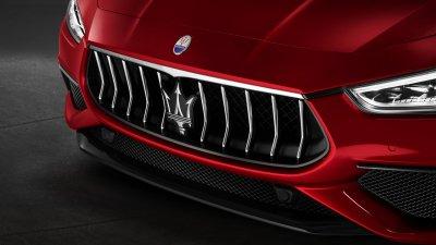 Maserati Ghibli in noleggio a lungo termine